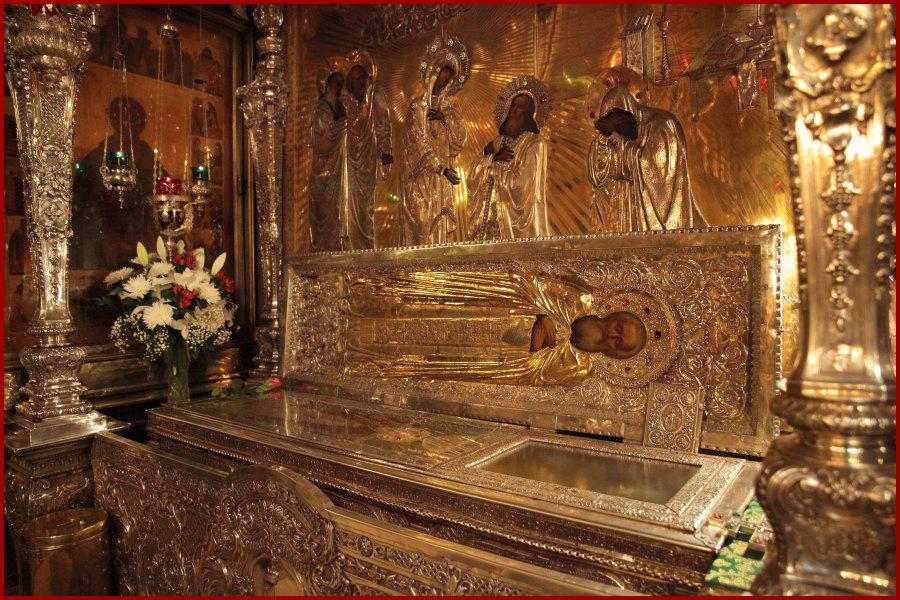 Рака с мощами преподобного Сергия Радонежского